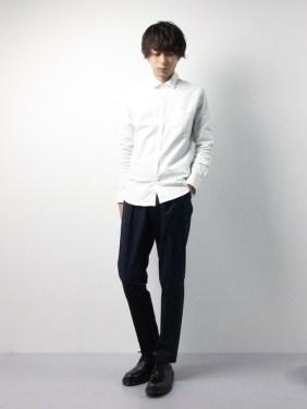 「白シャツ メンズ コーデ」の画像検索結果