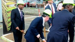 Newark Mayor Ras Baraka, left, takes part in the ceremonial shovel throw at groundbreaking for the AeroFarms vertical farm in the Ironbound section of Newark, NJ. (StateBroadcastNews.com/Steve Lubetkin Photo)
