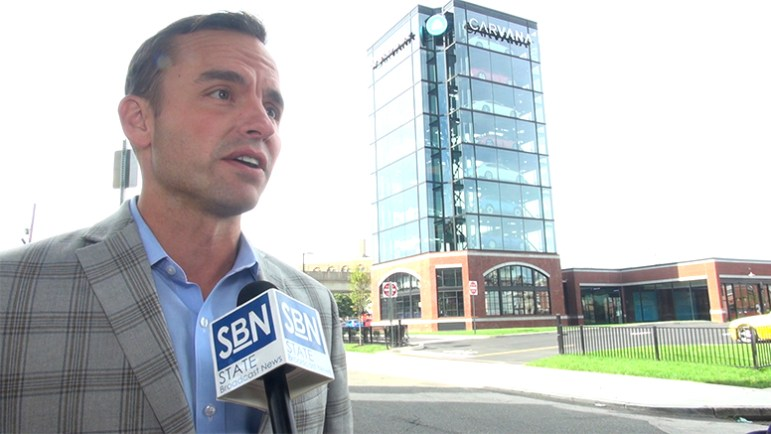 Michael Gorman, executive vice president and principal, Metro Commercial Real Estate, at Carvana car vending machine site, Front Street, Philadelphia, PA (Steve Lubetkin Photo/State Broadcast News)
