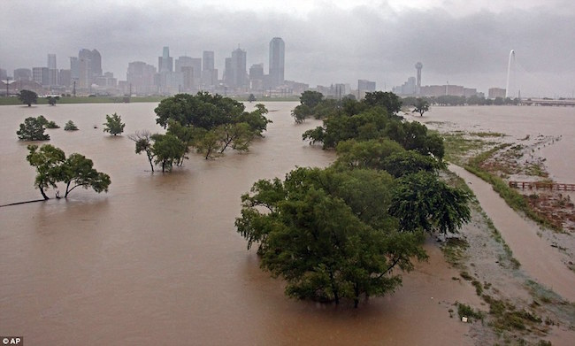 TEXAS DELUGE: Was it a geoengineered weather event to enforce compliance with Agenda 21? 29124F1900000578-3097091-image-a-61_1432662503942