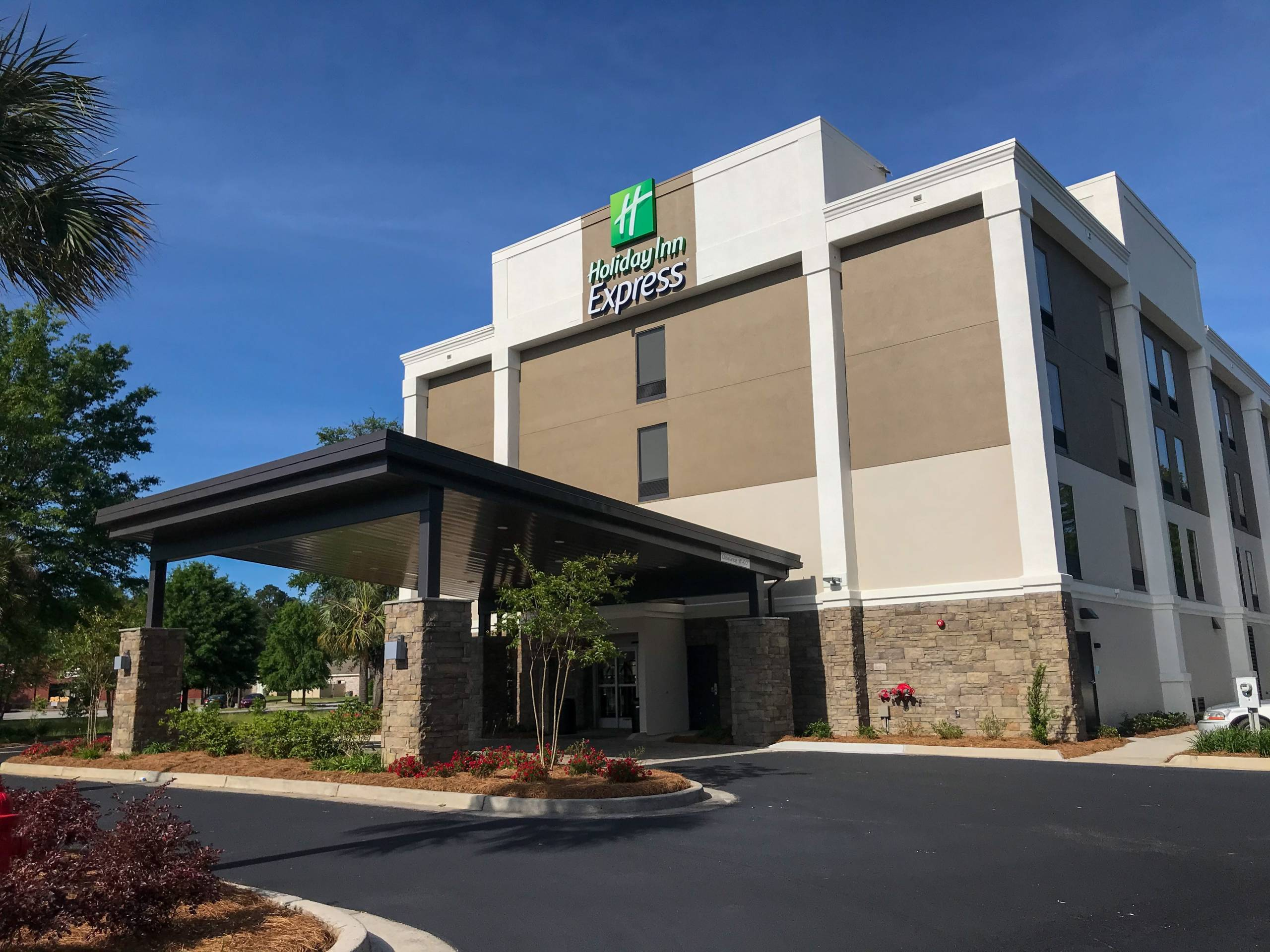 Business Spotlight: Holiday Inn Express Statesboro