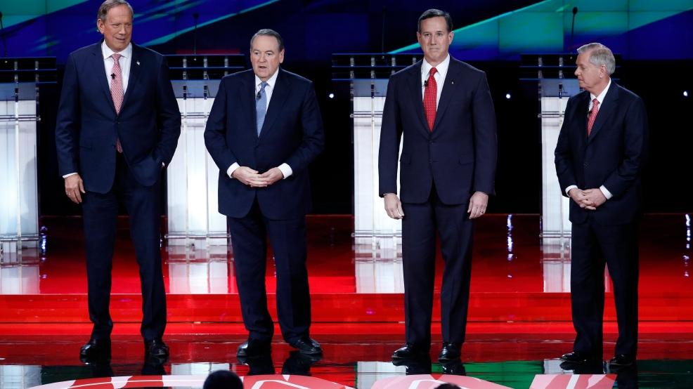 Undercard debate begins with critique of Donald Trump ...