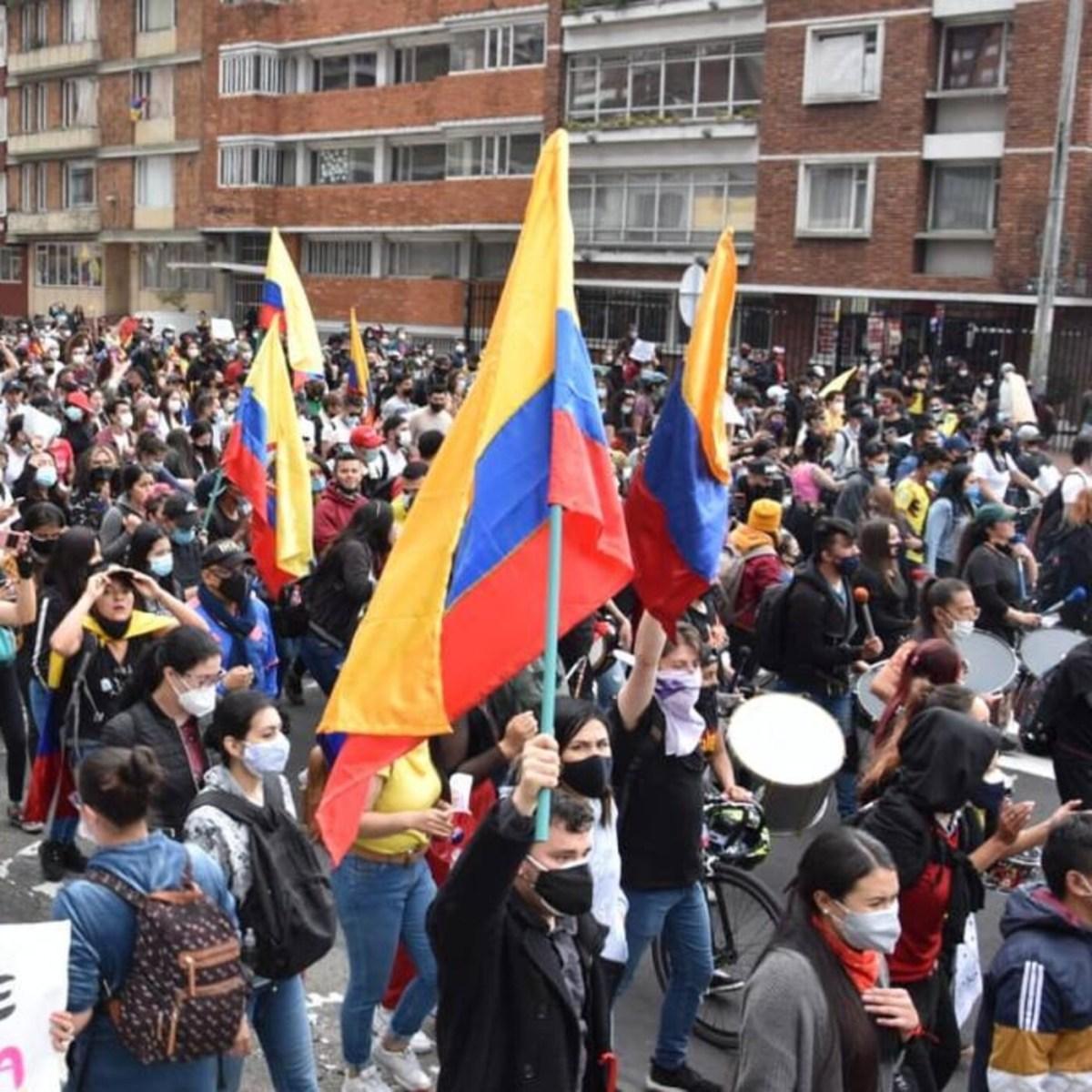 2×19 Democracia, #StopPEAJES y Colombia