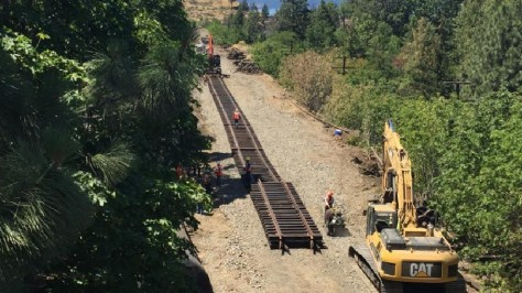 Mosier tracks being replaced on Sunday, June 5 (KATU News photo).png