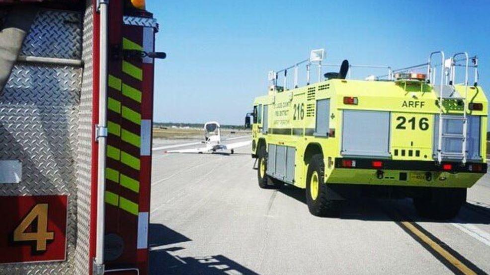 Small plane crashes at Treasure Coast International ...