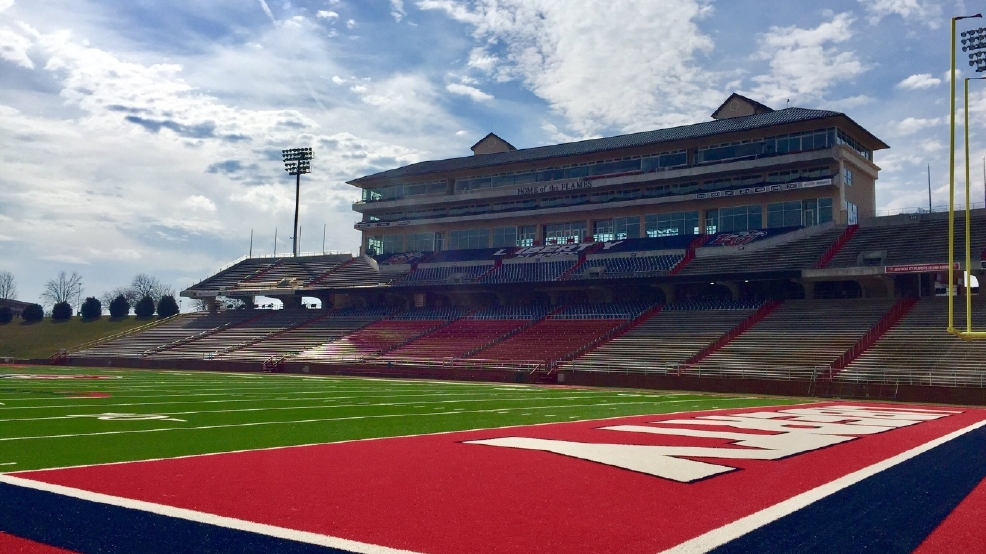 Liberty University football to join FBS as independent | WSET