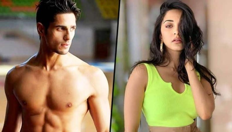 The duo make a stunning pair and looks very good together.Although both have never publicly accepted their relationship. According to reports Kiara had also invited Sidharth's parents at her home for dinner.