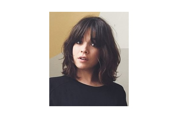 The Easy Bangs Hair Cutting Style