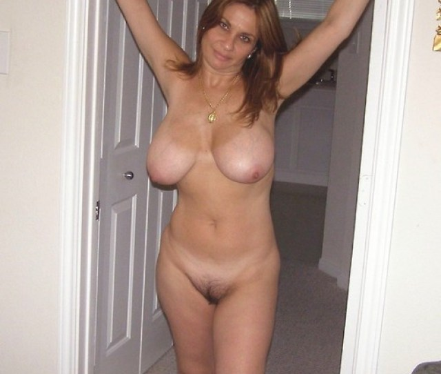 Mommy With Big Tits Porn Photo