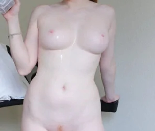 Amateur Photo Beautiful Curvy And Pale Skinned Redhead Lucy Ohara Poses After A Little