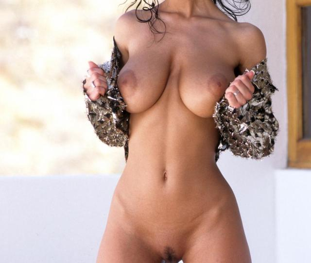 Gorgeous Woman With Perfect Natural Tits Porn Photo