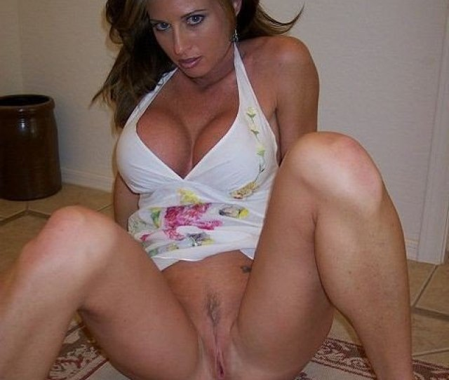 Stunning Wife With Perfect Pussy Porn Photo