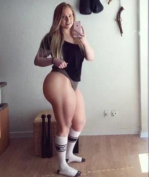 Amateur Photo Does She Squat