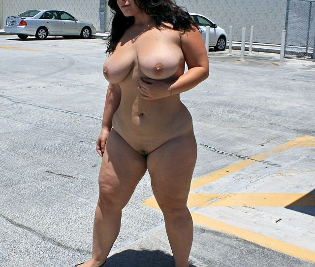 London Andrews Goes Nude In Broad Daylight Porn Photo