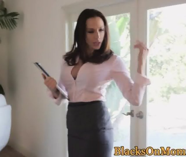 Classy Realtor Milf Spitroasted By Bbc Clients
