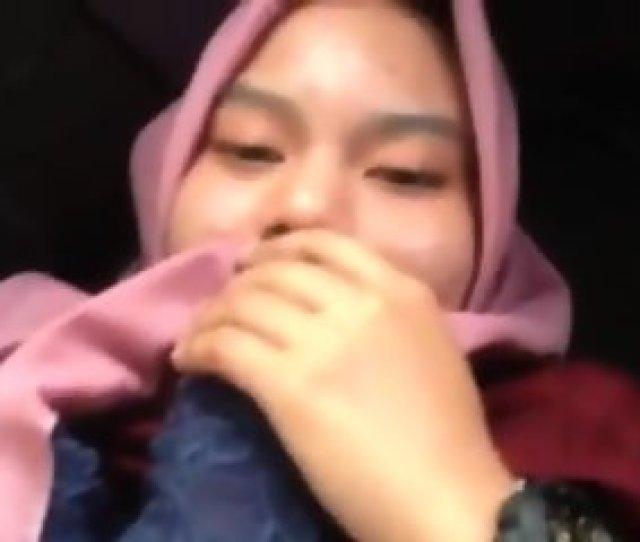 Malay Tudung Awek Puki Berbulu Kesedapan Kena Celup