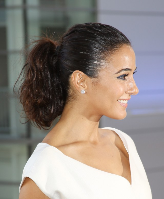 easy red carpet hairstyles you can do in 5 minutes | stylecaster