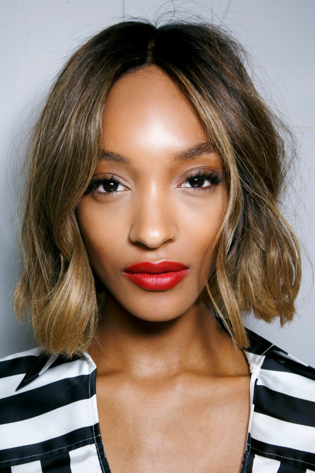 the very best short haircuts for winter | stylecaster
