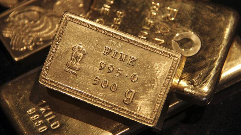 Gold price today: Yellow metal above Rs 40,000, may retest 40,500