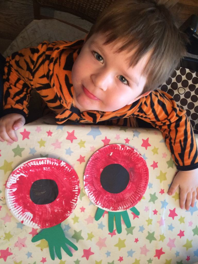 remembrance day paper plate poppies