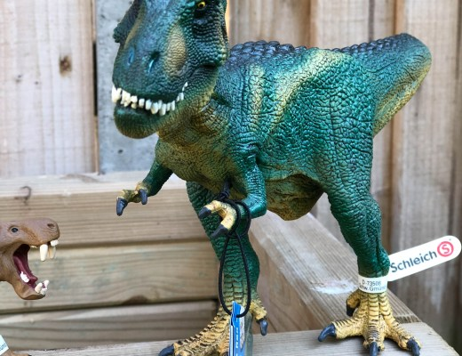 Roarsome play with the Schleich Dinosaur range
