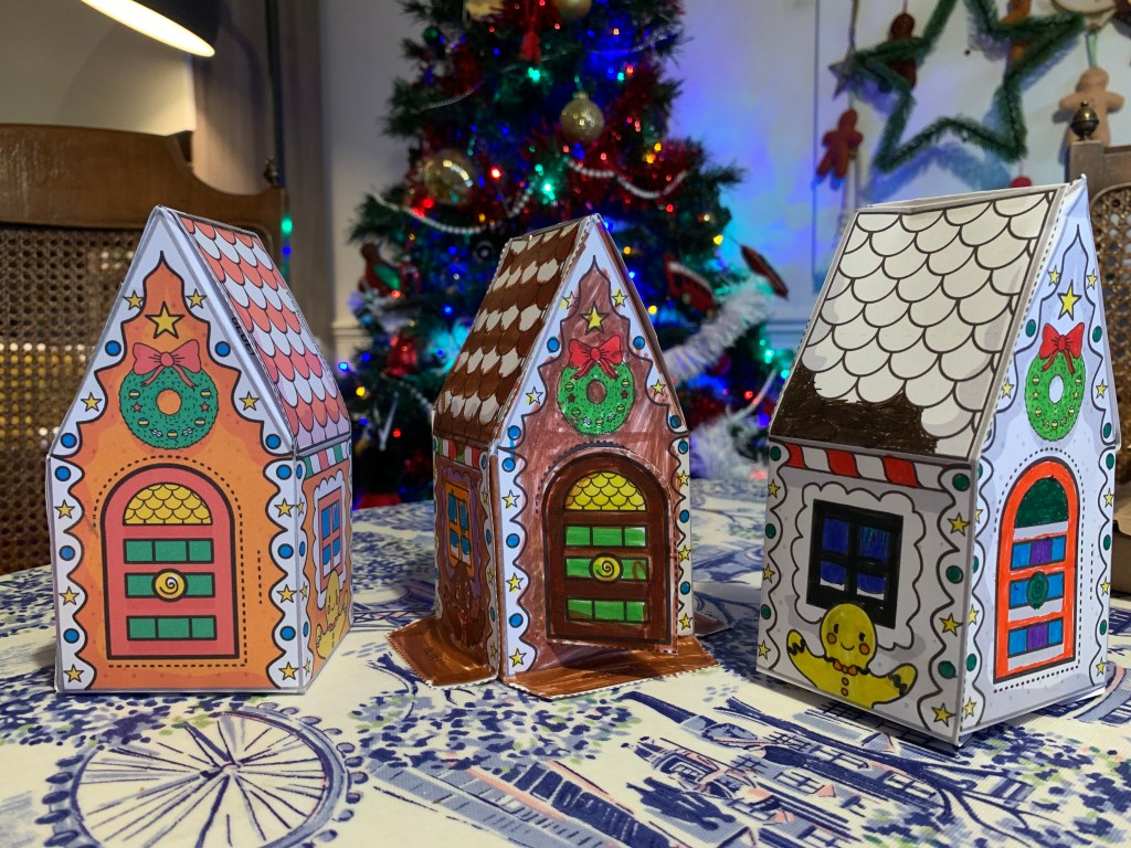 Paper gingerbread houses and template