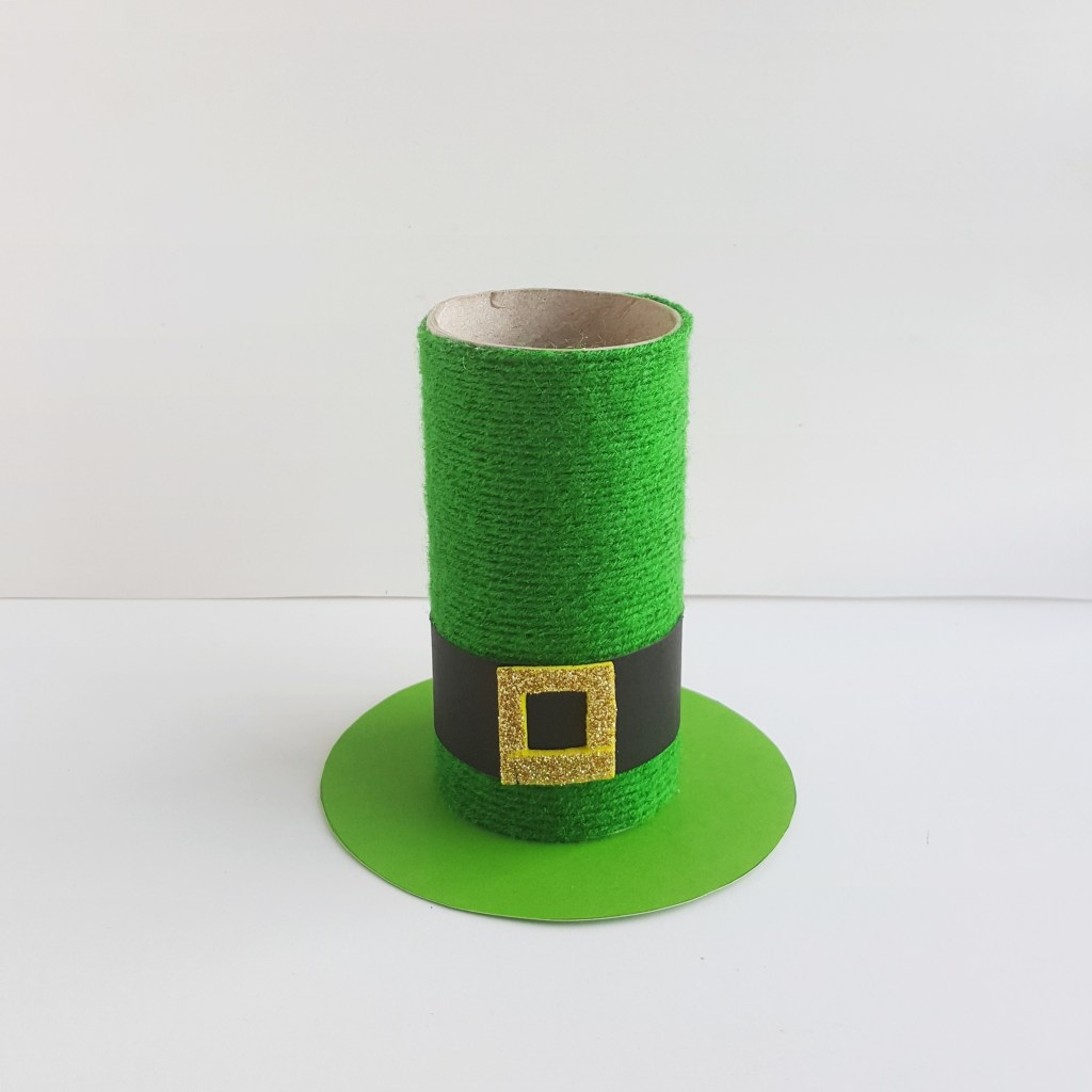 How to make a St. Patrick's Day Hat Pencil Holder