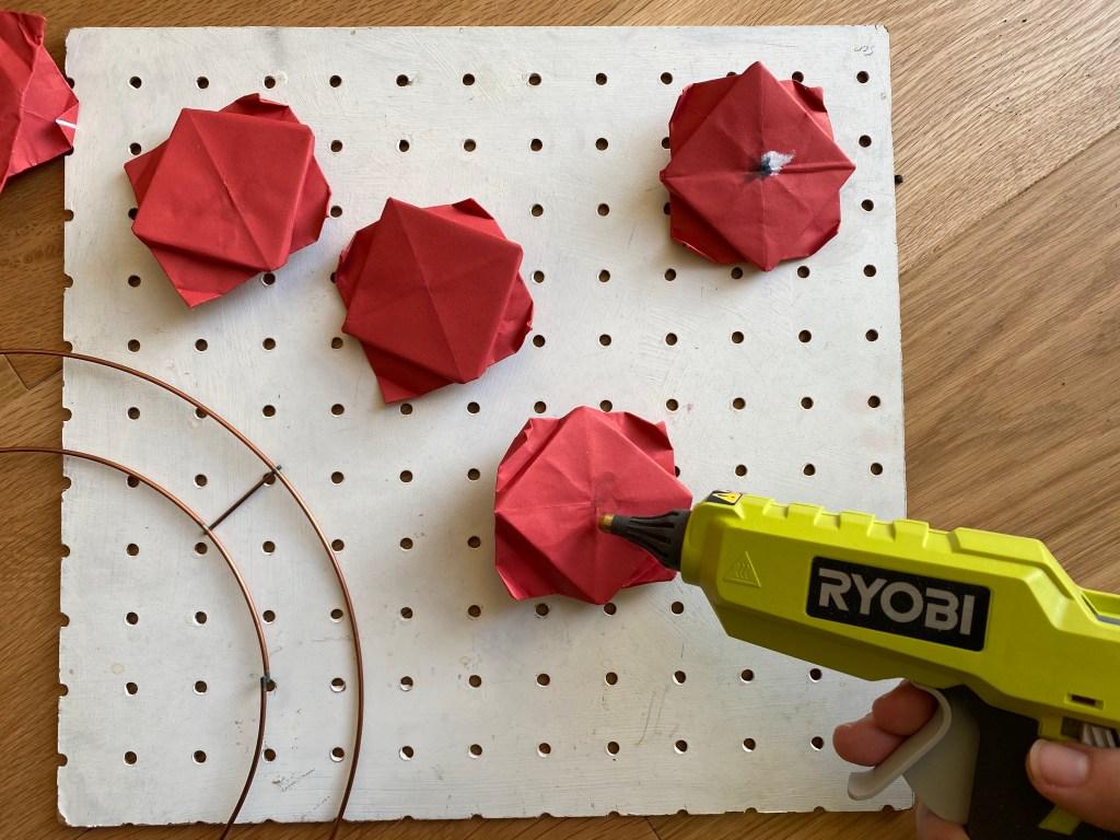 origami poppy wreath craft