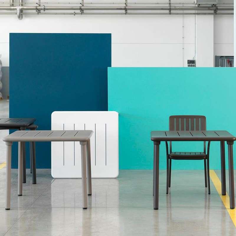 table de jardin carree en polypropylene et aluminium maestrale 90