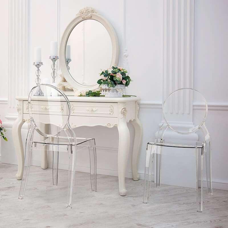 chaise medaillon transparente en polycarbonate elizabeth