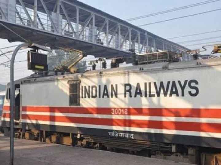 कोरोना के बीच पश्चिम रेलवे ने बनाए कई रिकॉर्ड, 80.72 मिलियन टन की माल ढुलाई की