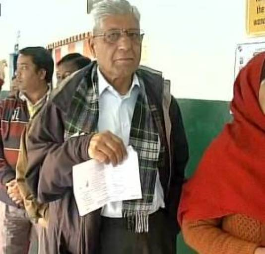Senior citizen stand in queue to cast vote in Uttarakhand/ Image courtesy: ANI