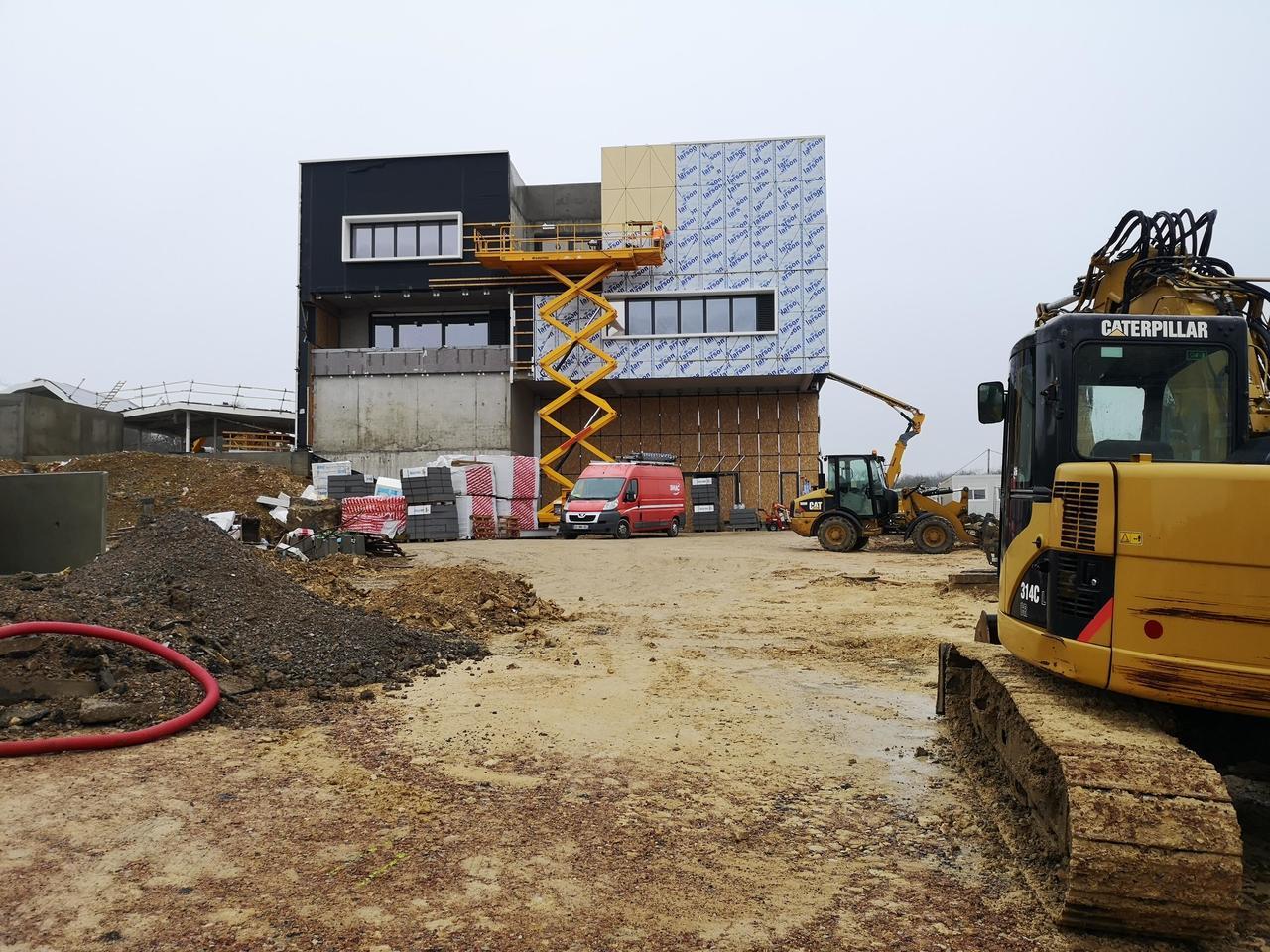 les travaux de construction du nouveau college mauboussin ont pris deux mois de retard