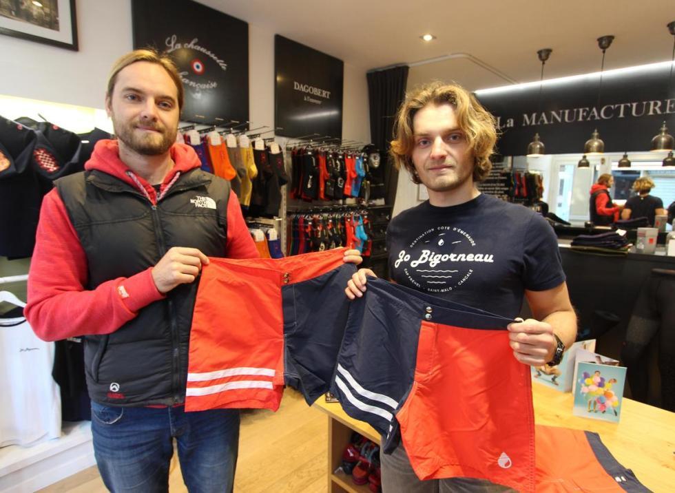 Geoffrey et Quentin Groussard ont lancé leur marque de vêtements de plage «made in Côte d'Emeraude»: Jo Bigorneau. Derniers nés de leur collection: des shorts de bain.