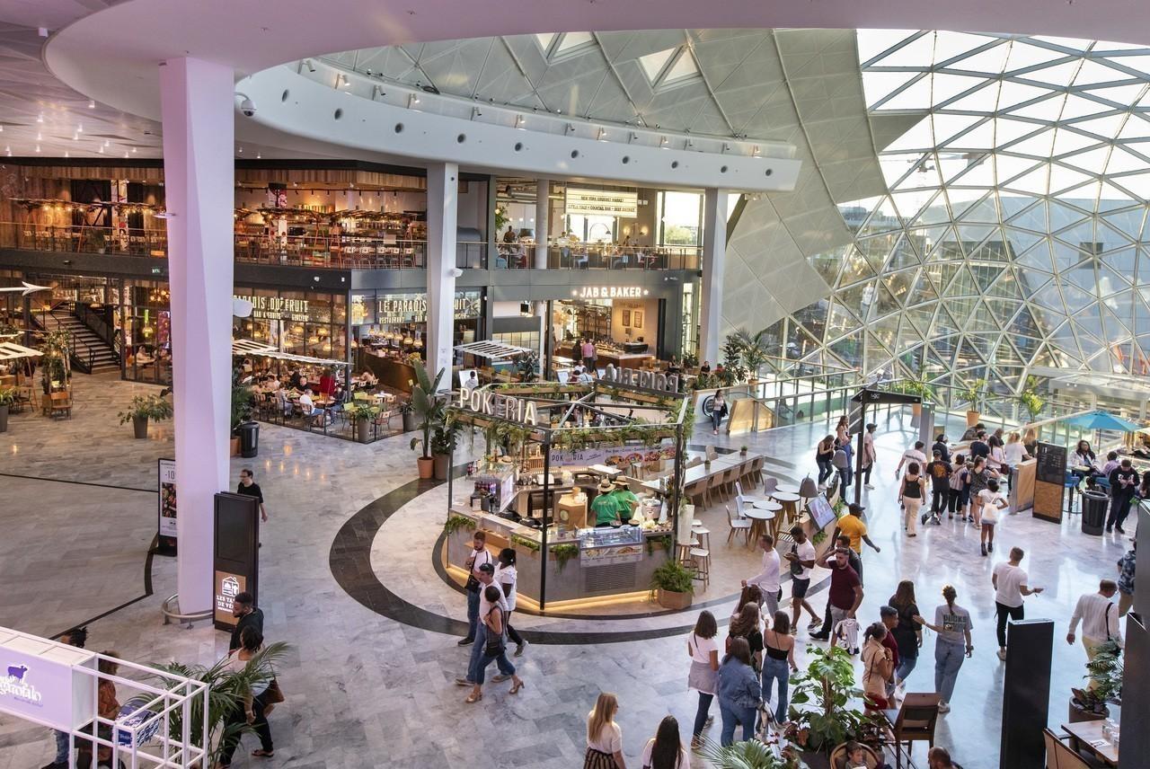 les centres commerciaux velizy 2 et