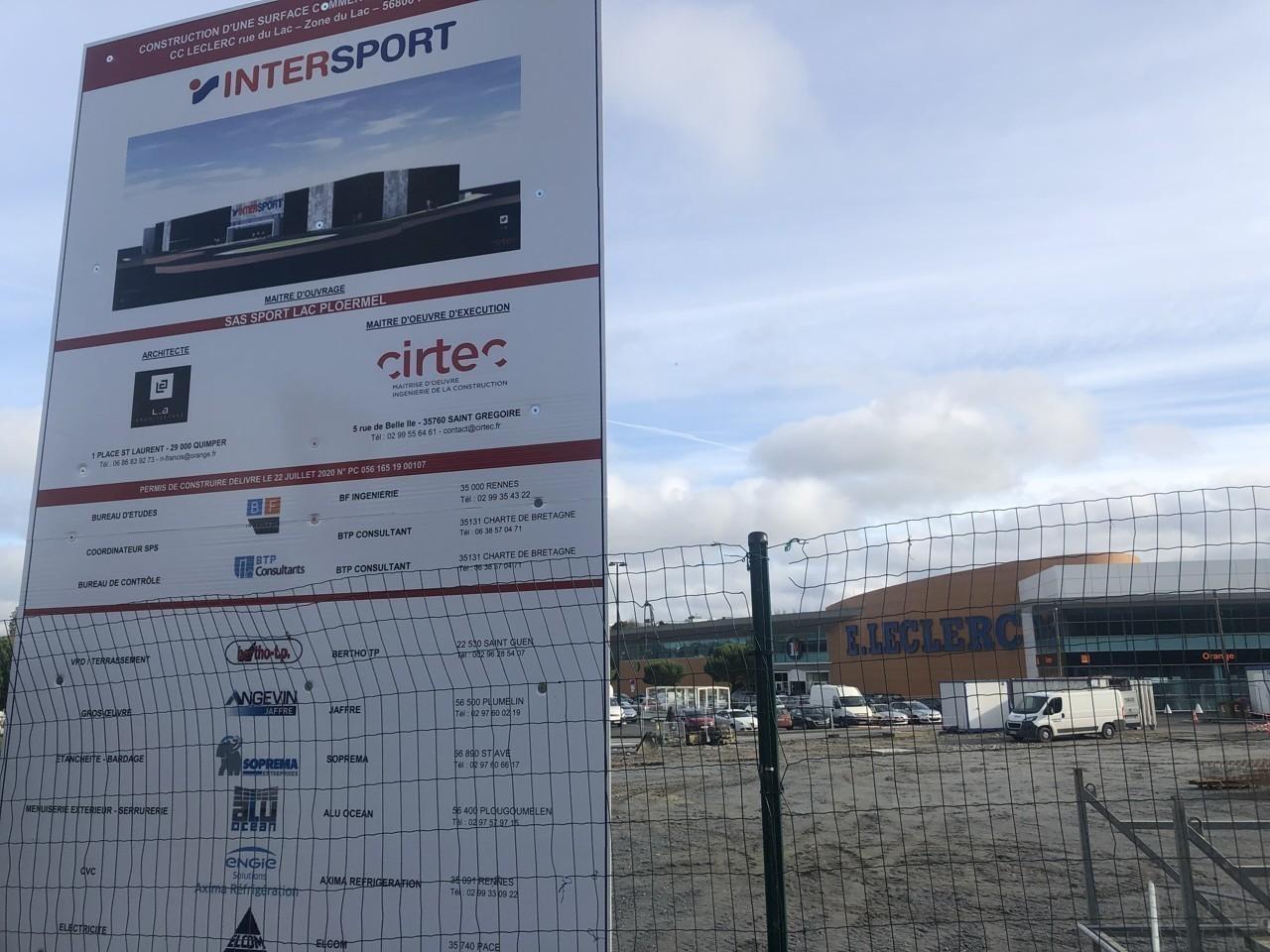 intersport construit un nouveau magasin