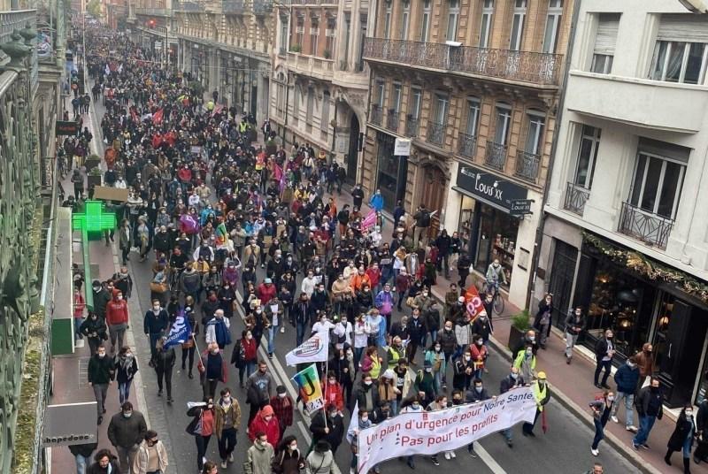 Le cortège rue de Metz à Toulouse, lors de la manifestation samedi 7 novembre 2020