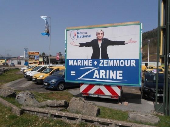 Max Marandet a encore frappé à Champagnole avec une affiche volontairement provocatrice.