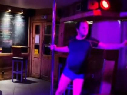 UNUSUAL – When Kaamelott actor Jean-Christophe Hembert goes pole dancing