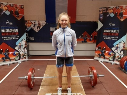 Weightlifting.  Maëlyn Michel, silver medalist within the European Championship