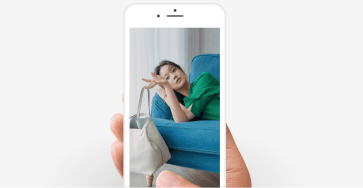 Mời tải bộ hình nền 'xanh như tình anh' cho iPhone Xs, iPhone Xs Max và iPhone Xr