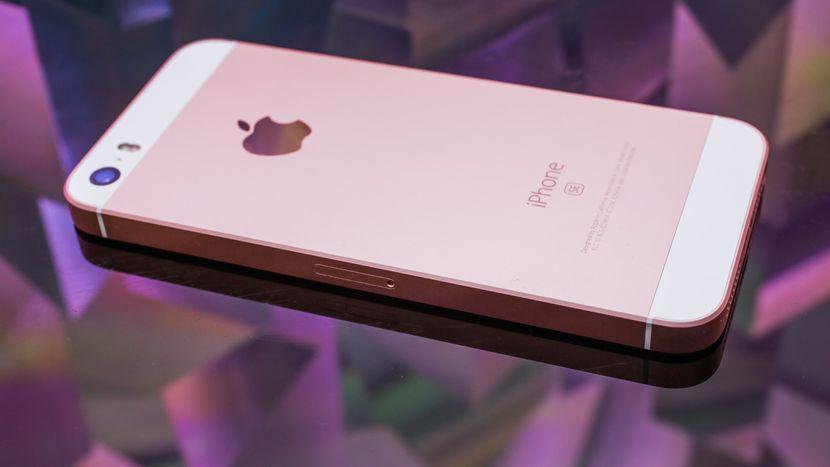 iPhone SE giảm giá đã bán hết tại Apple Store