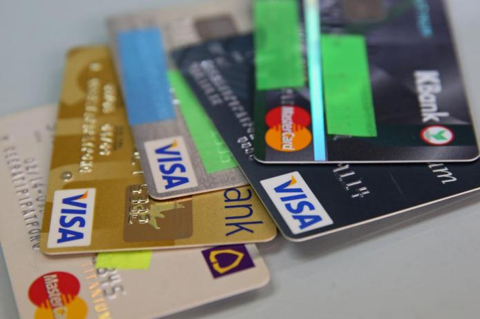 Credit card business is projected to peak this quarter.Varuth Hirunyatheb