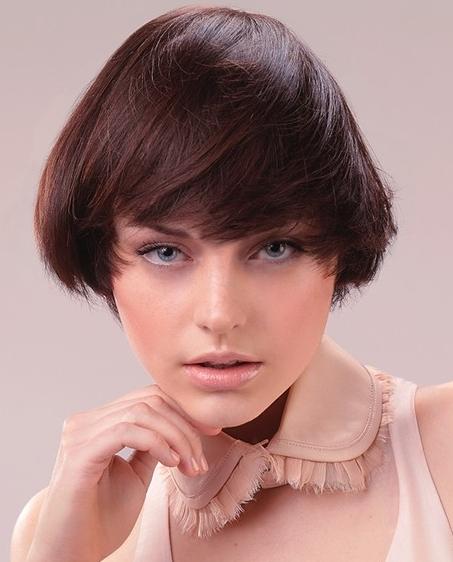 Easy To Wear Medium Haircut Ideas