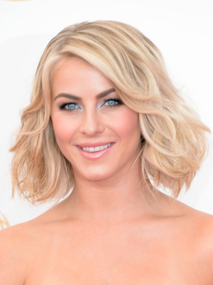 Julianne Hough Textured Long Bob Hairstyle