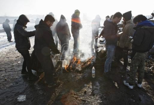Blic: Vlada Srbije pomaže migrantima da pokrenu biznis i kupe kuću