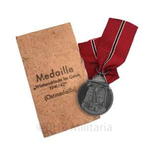 Winterschlacht im Osten Medal with Pouch M4