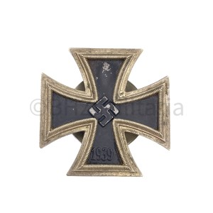 Iron Cross 1st Class Screwback L58 Souval