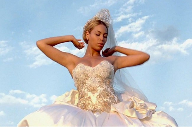 Beyonce S Best Thing I Never Had Wedding Dress For Sale Online Billboard
