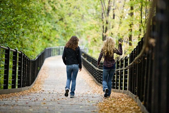 Billy Graham Devotions 19 November 2019 - Bridge the Gap